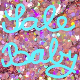 HAPPY NEW YEAR!  HAPPY HALLO HERZ SALE  Und alle so: YEEEAAAHHH  #halloherz #berlin #kastanienallee #sale #yeah #happynewyear #2015 #omg #love