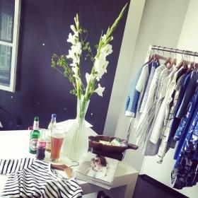 ColaBier und Shopping – so macht ordern Spaß! PROSTi @numph_dk #halloherz #berlin #kastanienallee #nümph #spring #2016 #cola #bier #becks #clubmate #flowers #love #shopping #herzchenindenaugen #omg #liebe #summer