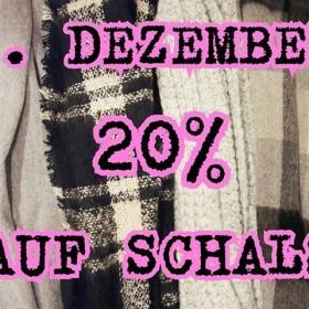WHEEEEEE…  Heute startet unser HALLO HERZ ADVENTSKALENDER  Den Anfang machen die Schals! …Schalies! …Schälchen! Wie auch immer! HALLO DEZEMBER! HALLO ADVENTSKALENDER! HALLO HERZ #halloherz #berlin #kastanienallee #sale #shopping #winter #december #christmas #style #fashion #love #adventskalender #scarf #adventcalendar #liebe #knit #nümph #mbym #denmark