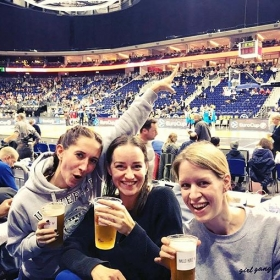 Girlzzzzz night out  #ultras  #albaberlin vs. #lietuvosrytas GIRL GANG Sweater von @jute_beutel ‍♀️‍♀️‍♀️#halloherz #berlin #kastanienallee #jutebeutel #girlgang #girlsgirlsgirls #girlsquad #girlpower #sports #bball #basketball #beer #cheers #girlsnightout #party #style #fashion #ootd #girls #shopping #picoftheday #love #mercedesbenzarena