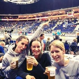 Girlzzzzz night out  #ultras  #albaberlin vs. #lietuvosrytas GIRL GANG Sweater von @jute_beutel ♀️♀️♀️#halloherz #berlin #kastanienallee #jutebeutel #girlgang #girlsgirlsgirls #girlsquad #girlpower #sports #bball #basketball #beer #cheers #girlsnightout #party #style #fashion #ootd #girls #shopping #picoftheday #love #mercedesbenzarena