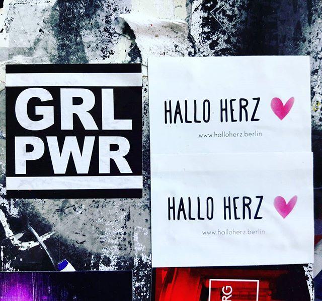 ♀️GRL♀️PWR♀️#halloherz #berlin #kastanienallee #spreadtheword #girlpower #berlincitygirl #stickers #stickerbomb #stickerlove #streetart #urbanart #grlpwr #girl #power #girlgang #picoftheday #style #fashion #shopping #women #love #liebe
