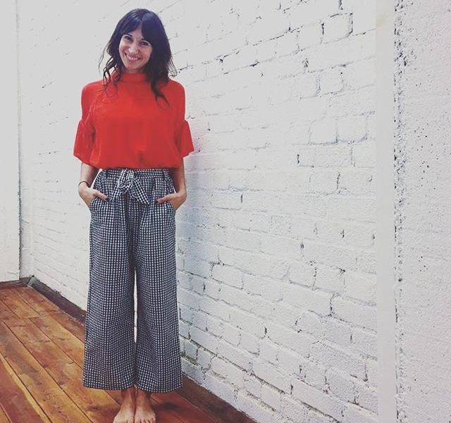 Herzchen in den Augen im #showroom bei @wearembym Frühlingsoutfit für #2018 steht! #halloherz #berlin #kastanienallee #mbym #denmark #danishstyle #brick #brickwall #white #red #culotte #collection #girlpower #girlboss #picoftheday #style #fashion #shopping #girls #love #liebe #ootd