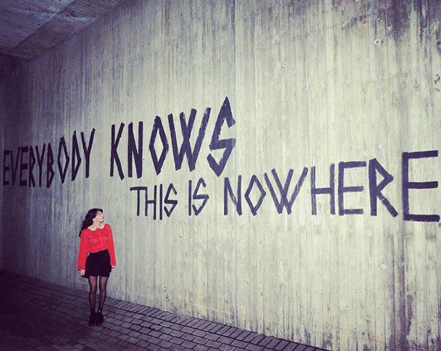 Meet me in the middle of nowhere  #ootd Bluse von  @numph_dk Rock von @wearembym  #halloherz #berlin #kastanienallee #nümph #red #ladyinred #mbym #nowhere #inthemiddleofnowhere #grafitti #streetart #girlpower #girlboss #style #fashion #shopping #girls #fashiongoals #love #liebe #picoftheday