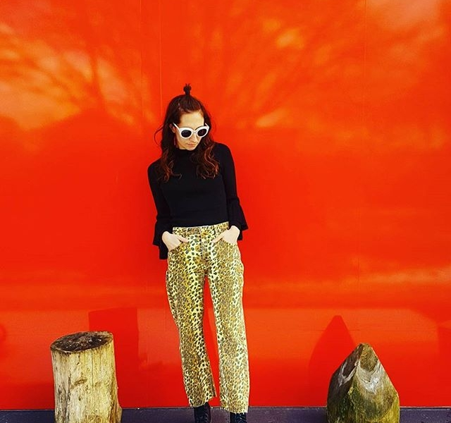 Outfit  @ Hallo Herzi  @official_minkpink #halloherz #berlin #kastanienallee #ootd #minkpink #animalprint #leopard #kaibosh #sunglasses #red #snow #nature #bus #greyhound #girlpower #girlboss #style #fashion #shopping #girls #fashiongoals #love #liebe #picoftheday