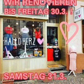 FYI  #halloherz #berlin #kastanienallee #girlpower #girlboss #style #fashion #shopping #girls #fashiongoals #love #liebe #sunday #mood