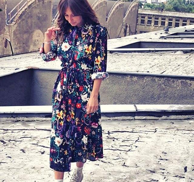 Hallo FUTURE-LiEBLINGS-KLEiD  PRE-SPRiNG 2019  Ab Ende des Jahres im Shop #halloherz #berlin #kastanienallee #softrebels #converse #flowers #flowerprint #flowerdress #rooftop #funkhaus #funkhausberlin #girlpower #girlboss #style #fashion #shopping #girls #fashiongoals #love #liebe